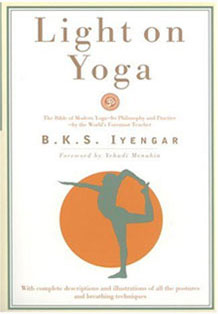 book-light-yoga